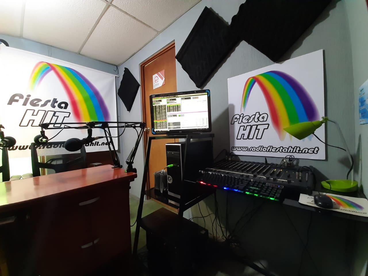 TRANSMITIENDO DESDE NUESTROS ESTUDIOS EN CIUDAD DE GUATEMALA